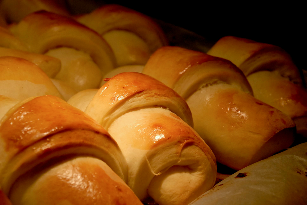 Cooking Column: bake bread this holiday season