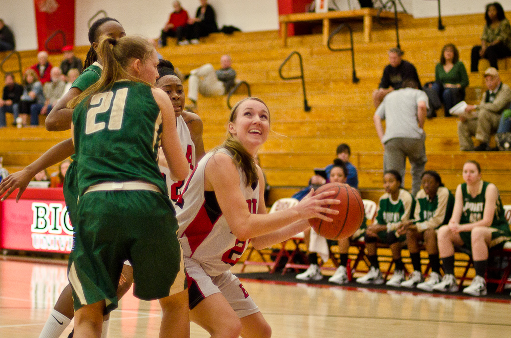 Women's basketball wins two against GSAC foes