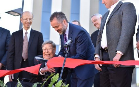 Lim Center dedicated before God, students and faculty