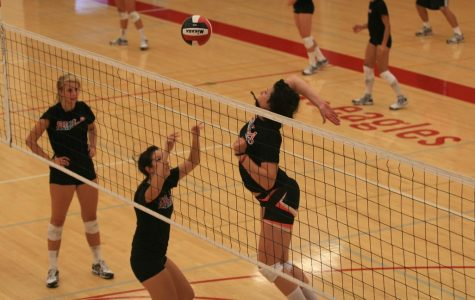 Volleyball struggles with two losses in a row