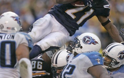Chargers Rally to Beat Titans 17-6