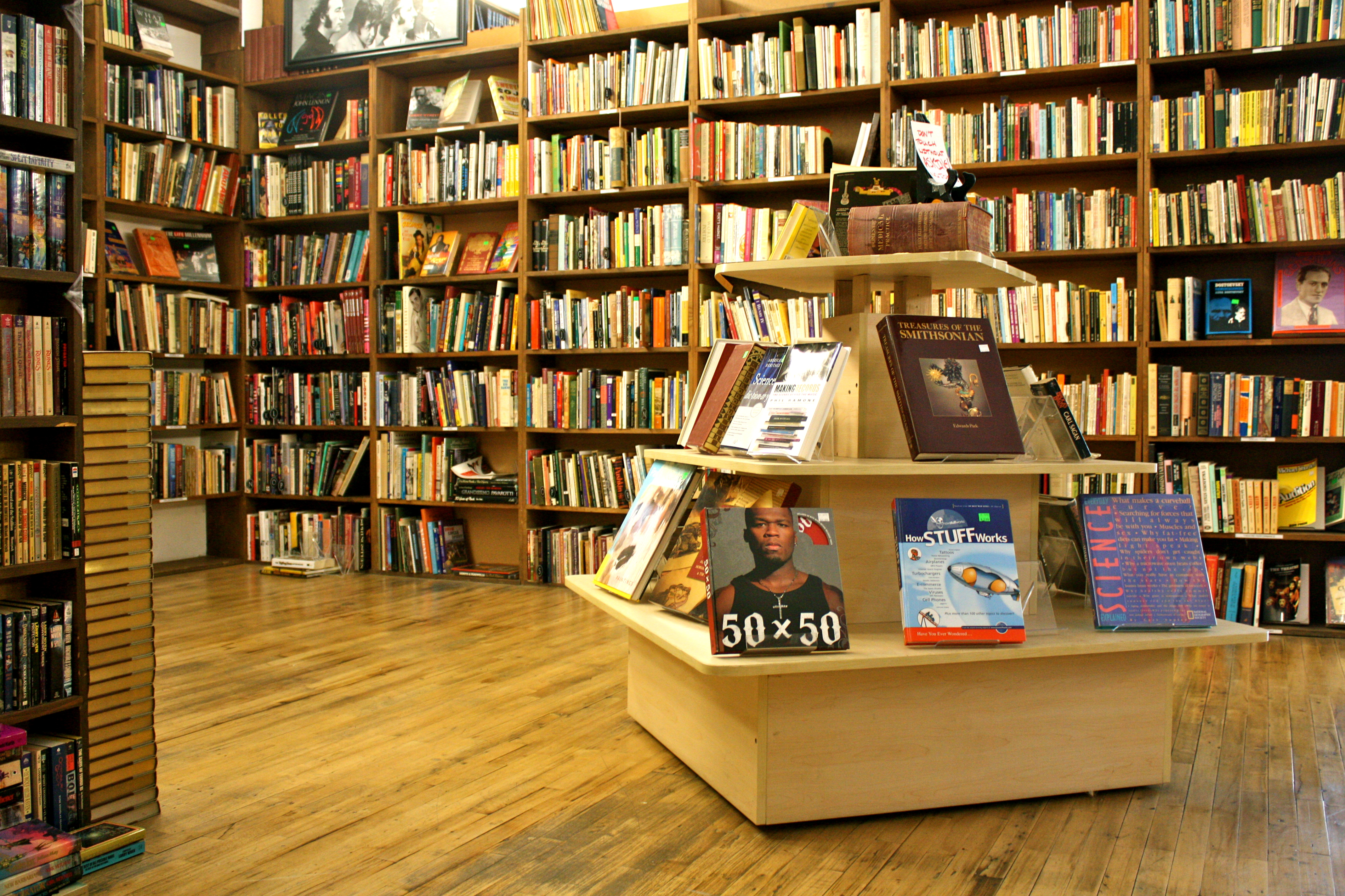 Half Off Books Proves To Be More Than Just A Book Store The Chimes