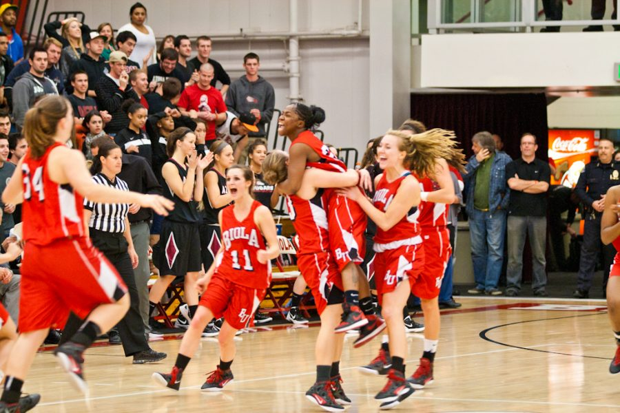 The Biola Eagles celebrate their narrow victory against longtime arch rivals, the APU Cougars. | Katie Juranek/THE CHIMES