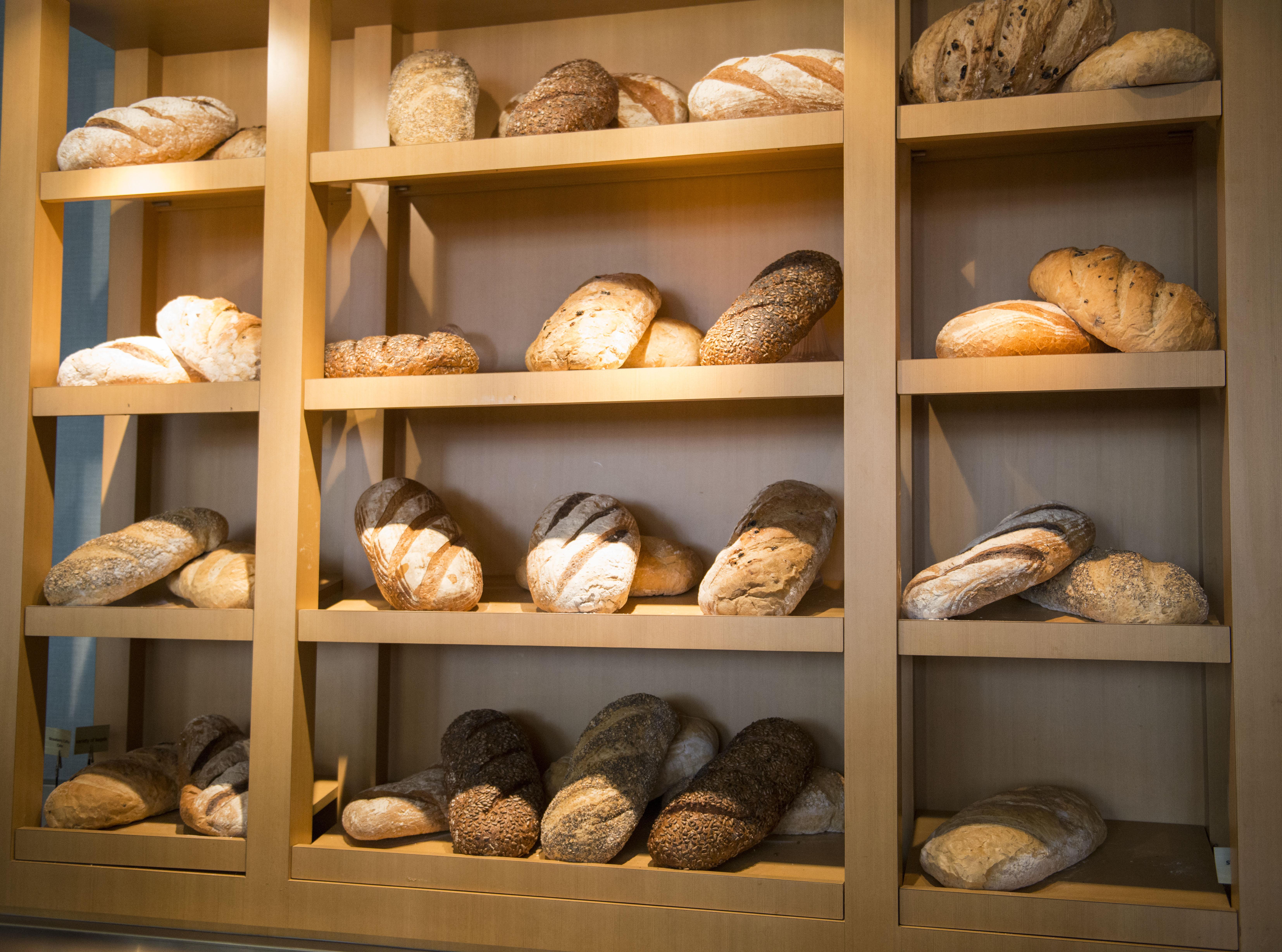 Food myths: vindicating carbohydrates