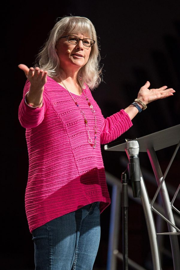 Annette Friesen speaks at the last main session of Torrey Conference 2014 on how to help others who are seeking to resolve conflict. | Jenny Oetzell/THE CHIMES