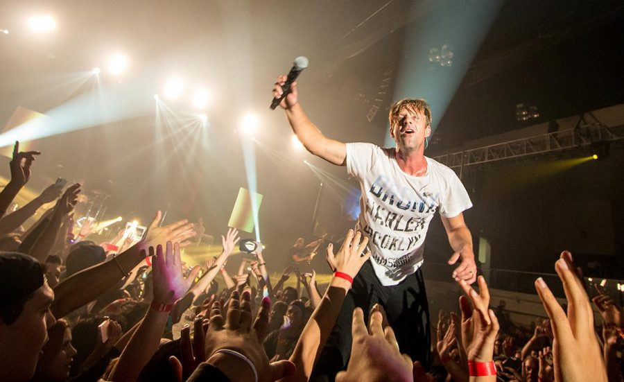 Jon Foreman, lead singer of Switchfoot, connects with the audience during one of their final songs at the show at Azusa Pacific University. | Aaron Fooks/THE CHIMES