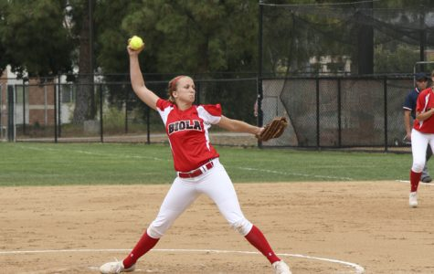 Sophomore right-handed pitcher Kimmy Triolo prepares a pitch against Concordia University on April 21. Biola looks to finish strong in the final doubleheader of the regular season. | Melissa Osswald/THE CHIMES