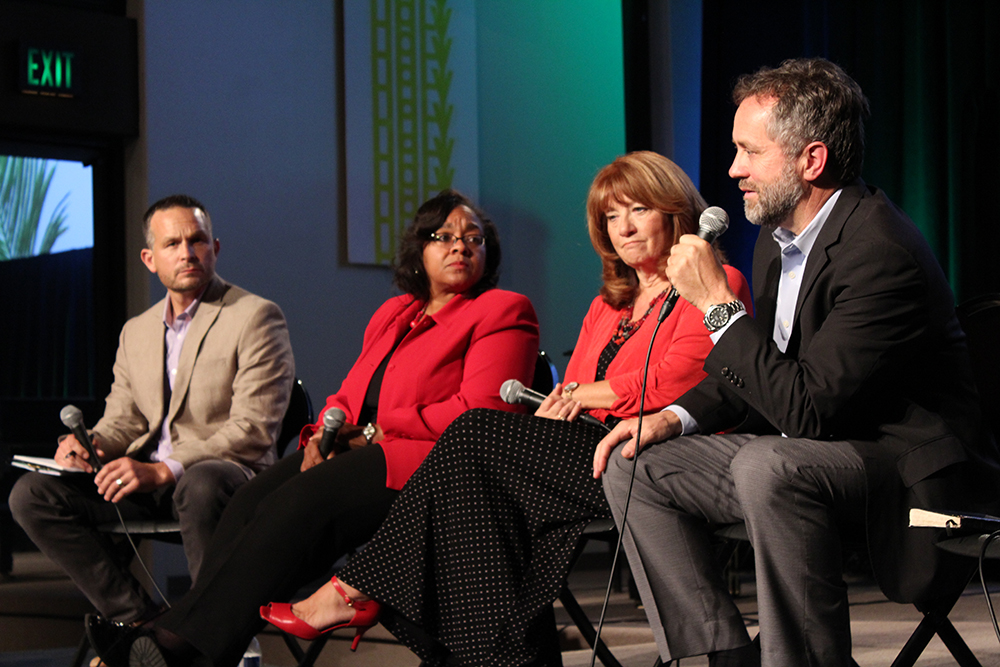 Jose Flores/ THE CHIMES