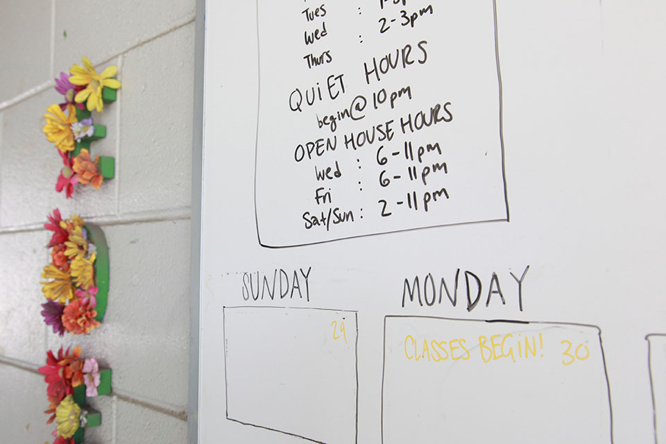 Students need more open hours