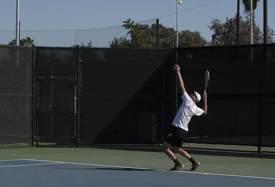 Men's and women's tennis fall in conference tournament