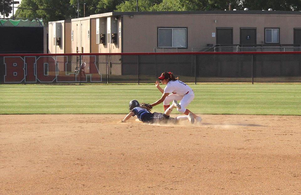Sweep and senior night highlight week for softball