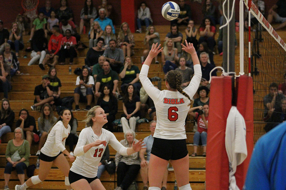 Volleyball collapses in upset