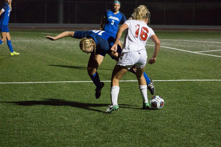 Women's soccer ties at Azusa