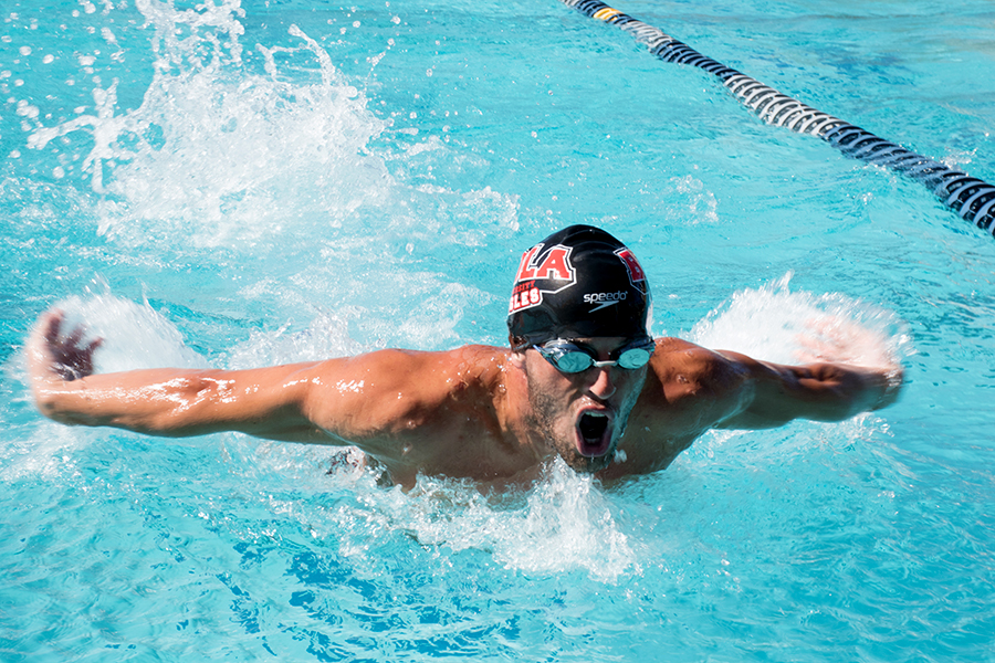 Swim makes splash in season opener