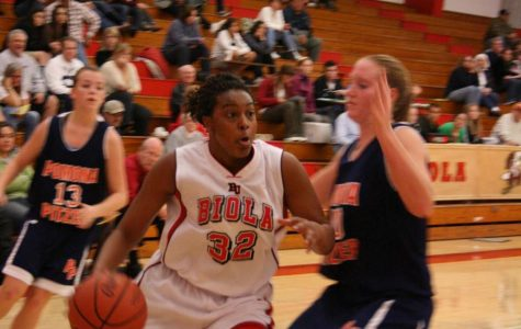 Lady Eagles basketball moves up to 1-2 in conference play