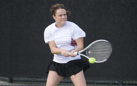 Women's tennis showing improvement
