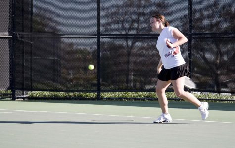 Tennis Team Trying to Find Stride Early in Season