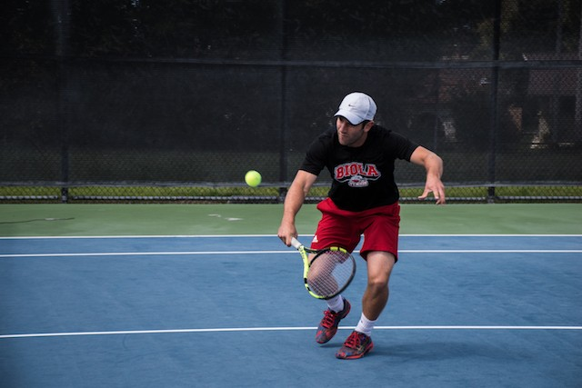 Men's and women's tennis suffer blowouts
