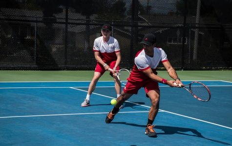 Back-to-back: men's tennis gets second straight win