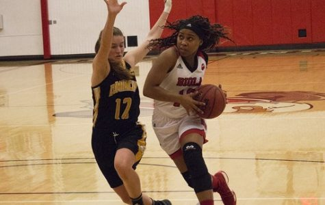 Women's basketball continues late-season slide