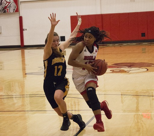 Women's basketball continues late-season slide