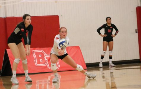 Volleyball sweeps Fresno Pacific