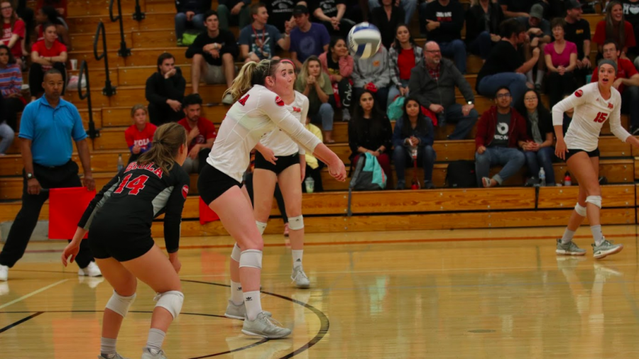 Junior+outside+hitter+Sabrina+Winslow+digs+a+ball+out+during+the+Eagles%27+game+against+Azusa+Pacific+on+Oct.+3%2C+2018.+Photo+by+Michael+Nerud+%2F+THE+CHIMES+%5BFile%5D