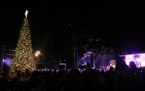 Biola adds fundraiser to tree lighting tradition