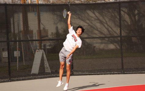 Men's tennis takes frustrating loss at home