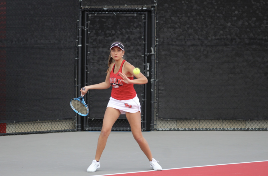 Women's tennis on the wrong side of 4-1 defeat