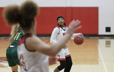 Women's basketball drops fourth straight loss