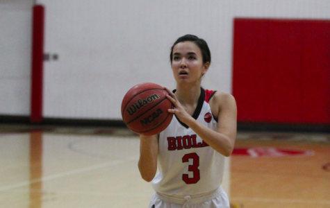 Brenna Khaw lines up a free throw during the Eagles' home loss to Fresno Pacific on Jan. 31.