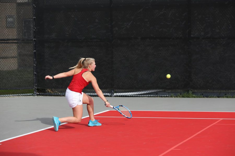 Women's tennis takes tough loss at home