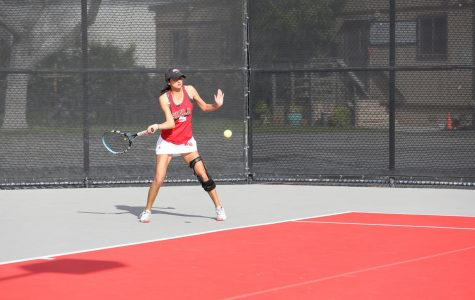 Women's tennis picks up second straight win