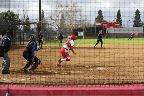 Softball split against Concordia University Irvine