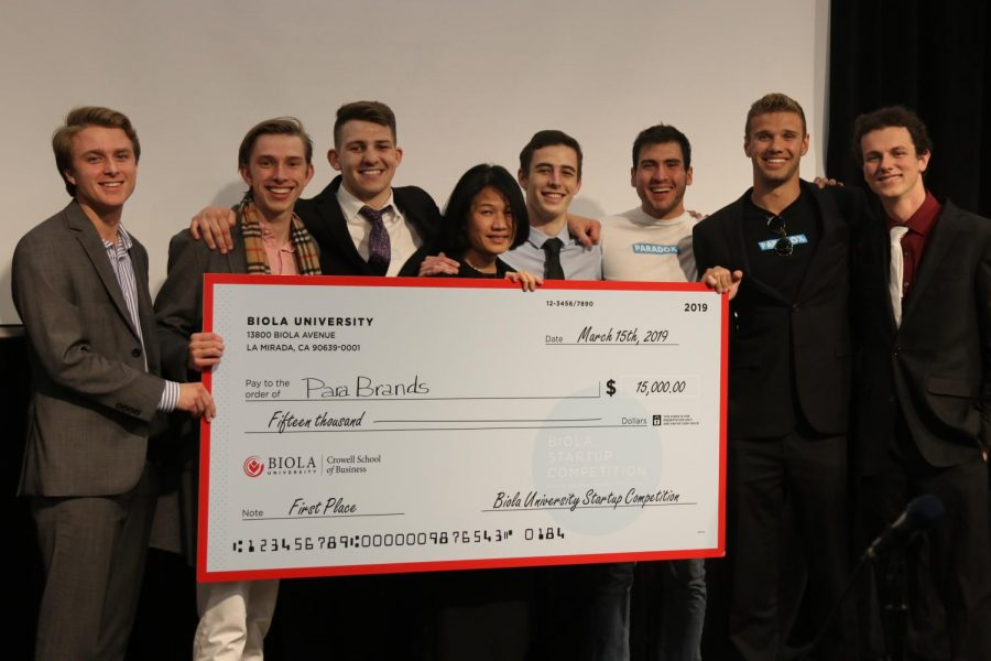 The+parabrands+team+receives+their+first-place+check