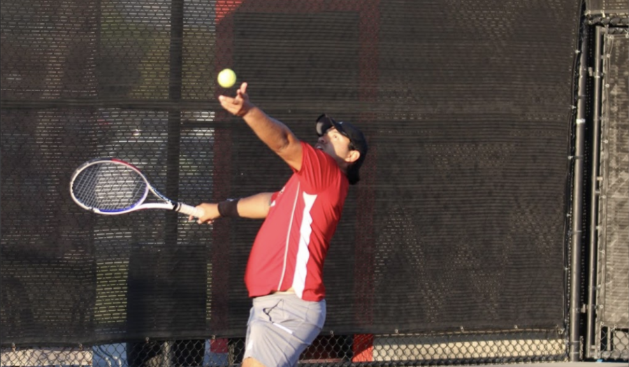 Men's tennis falls at Point Loma