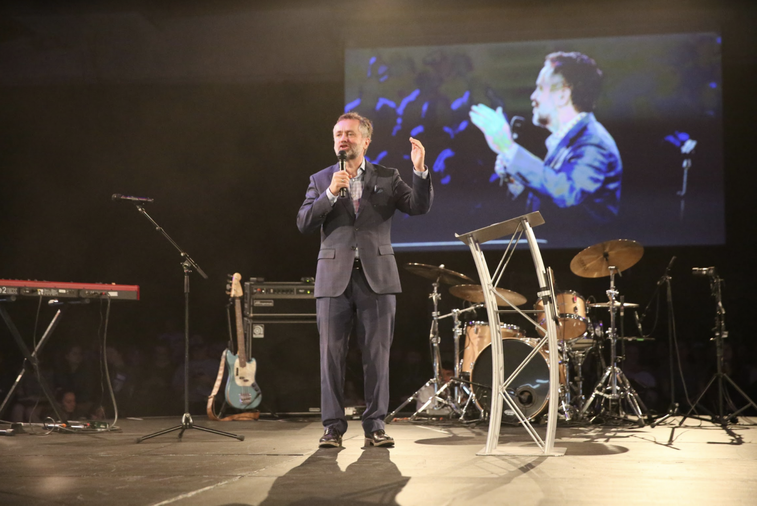 Dr+Barry+Correy+opens+Missions+Conference+2019.