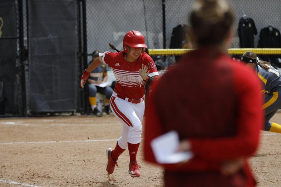 Softball sweeps four-game series