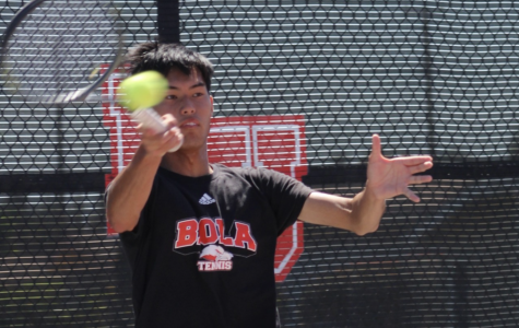 Men's tennis falls in nailbiter on senior day