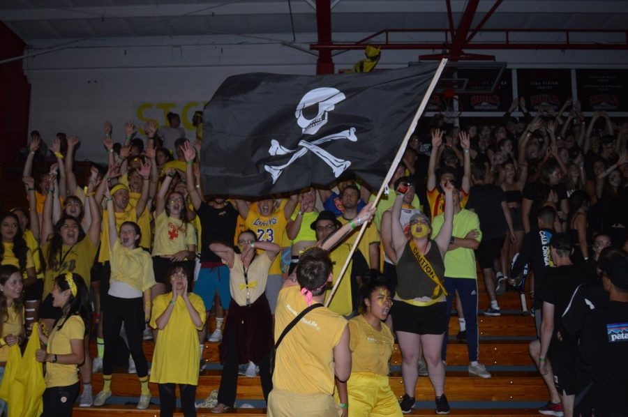 Sigma Hall chants in preparation for Nationball 2019.