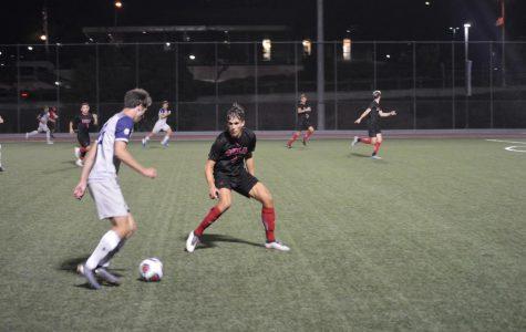 Men's soccer tops Notre Dame De Namur University