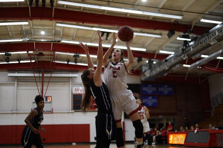 Women's basketball crushes CSU San Bernardino, 65-29