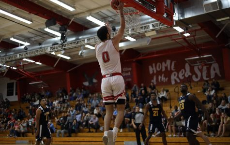 Men's basketball earns second win at home against Pomona-Pitzer