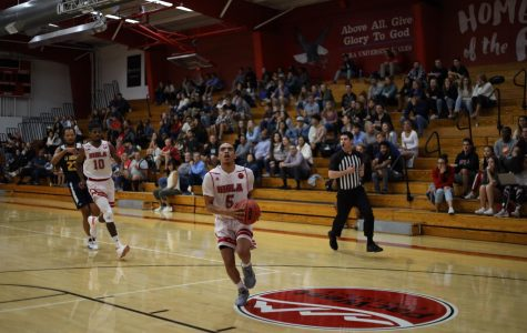 Men's basketball crushes Fort Kent, 104-53