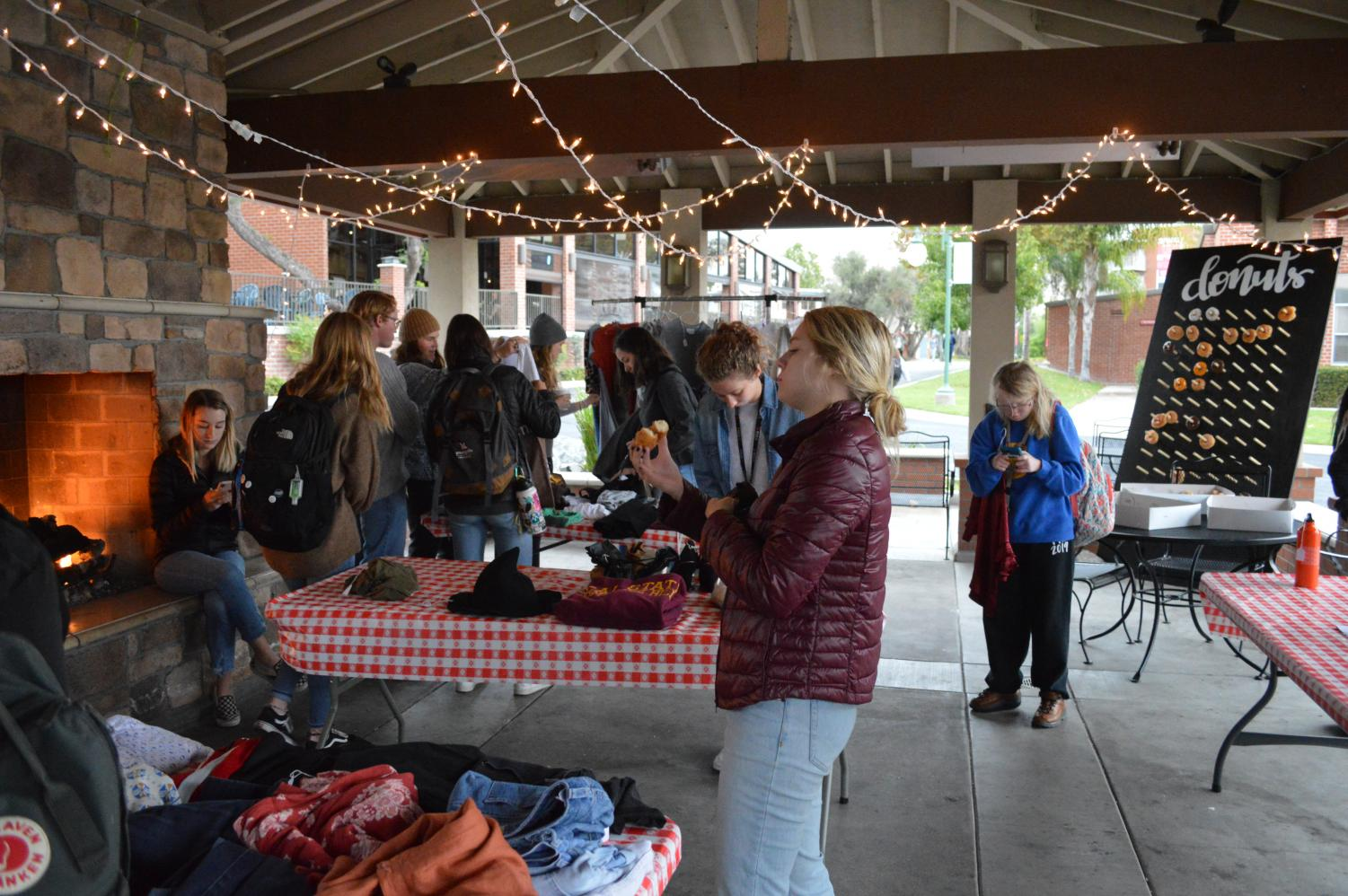 The Breaking Chains club hosted a pop-up thrift shop to raise awareness about human trafficking.