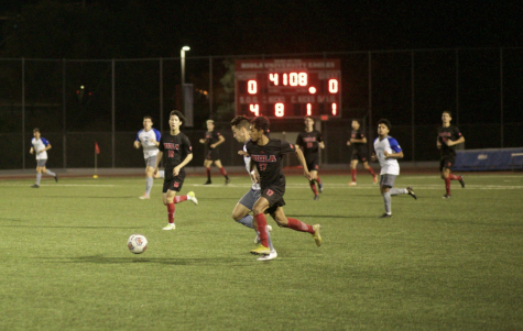 Men's soccer kicks off last victory
