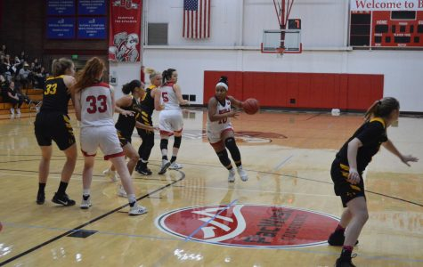 Women's basketball loses close game to CSUDH, 77-71