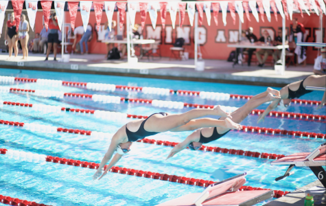 Women's swim and dive crushes APU