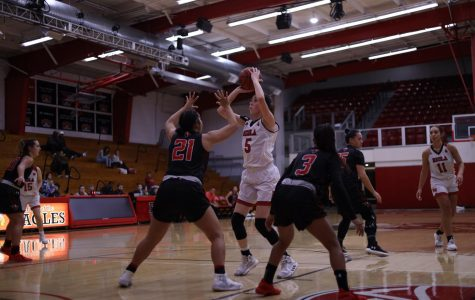 Women's basketball takes first loss in PacWest play to PLNU